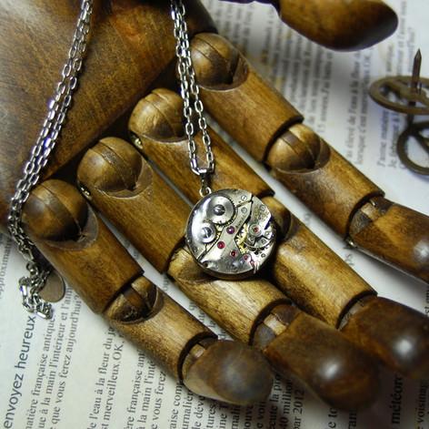 movement necklace (8).jpg