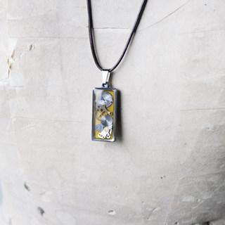 CLOPOA petit square necklace (2).jpg