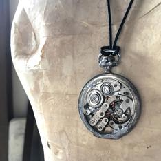 movement necklace (19).jpg