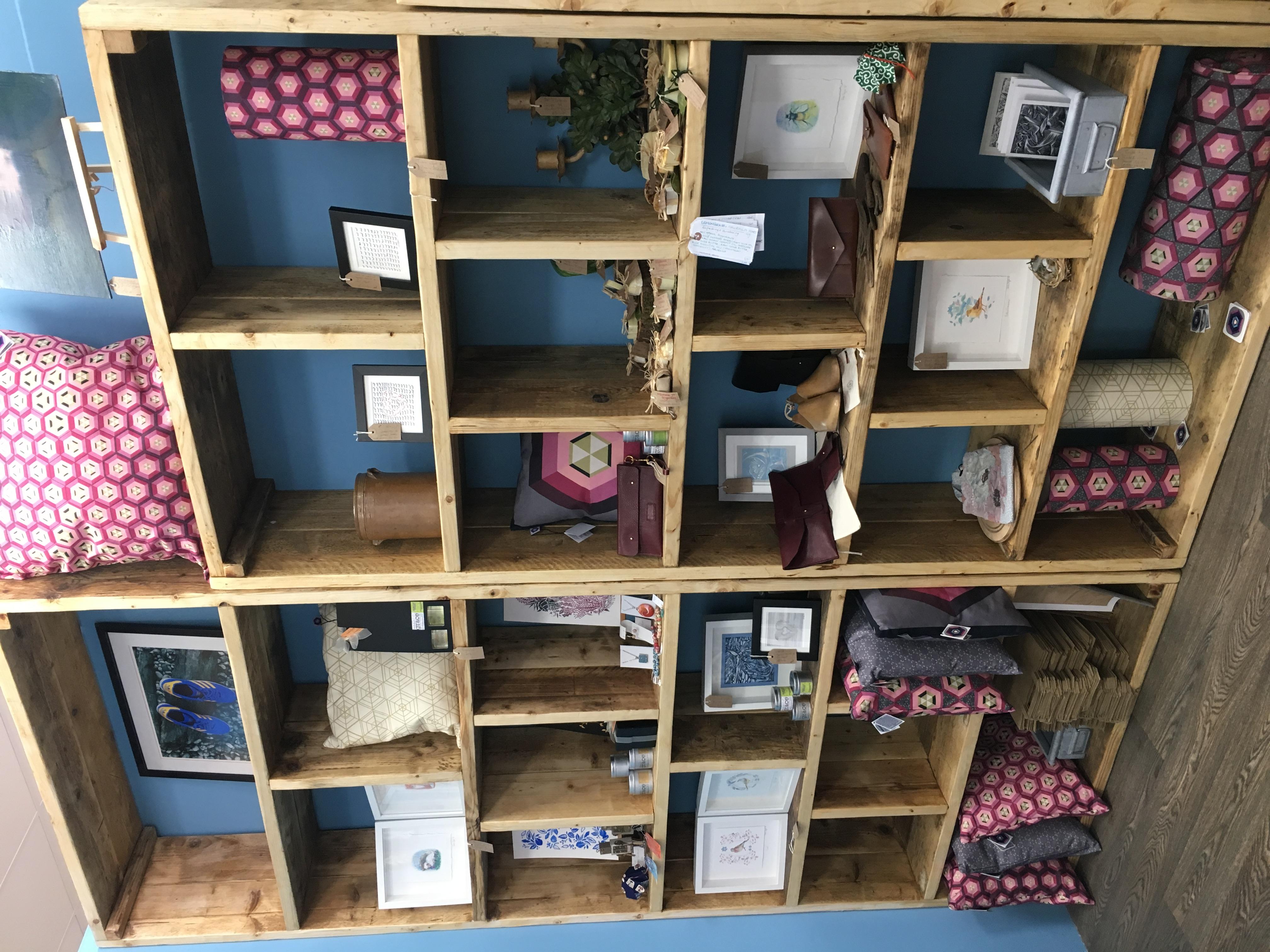 Reclaimed shelving unit