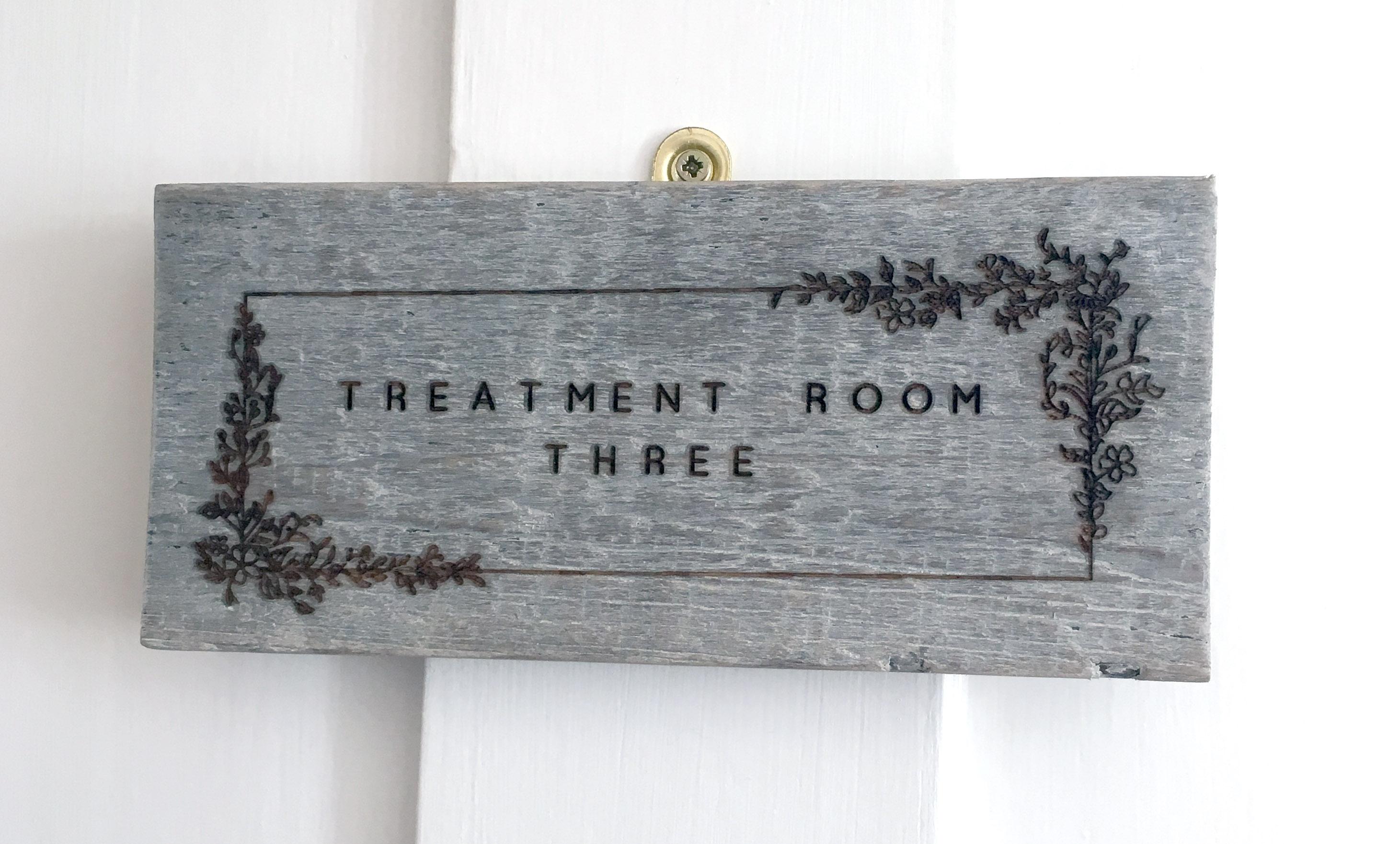 bespoke engraved door signs