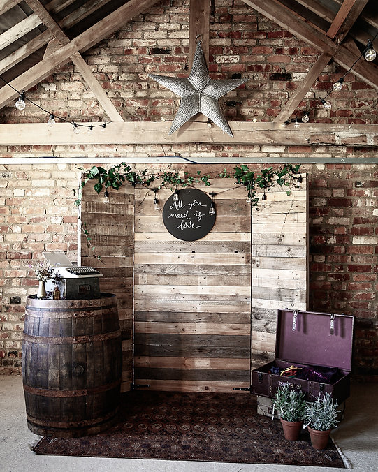 Rustic Photobooth Package