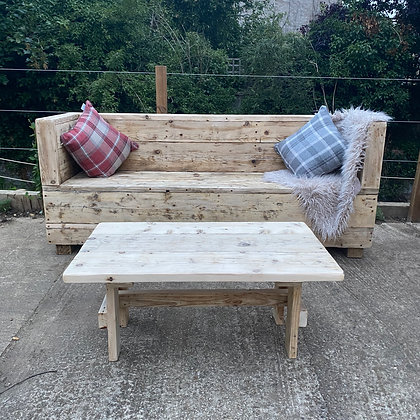 Single Reclaimed Outdoor Sofa and Coffee Table