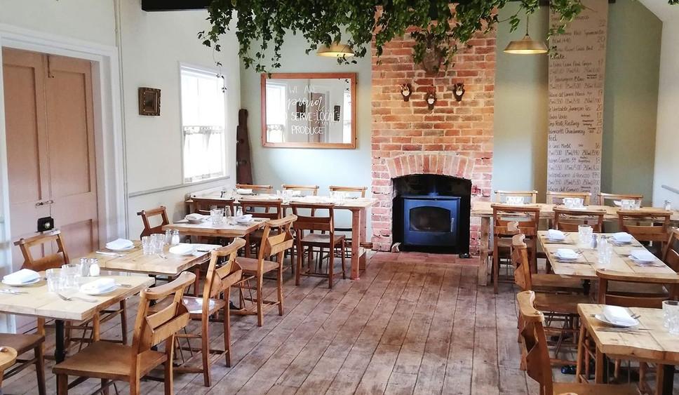 The Sun At Felmersham Reclaimed Tables