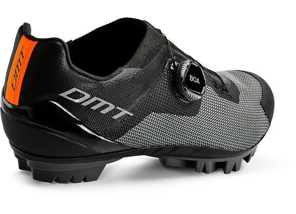 DMT KM4 MTB Shoe | Size 45 | Black/Green