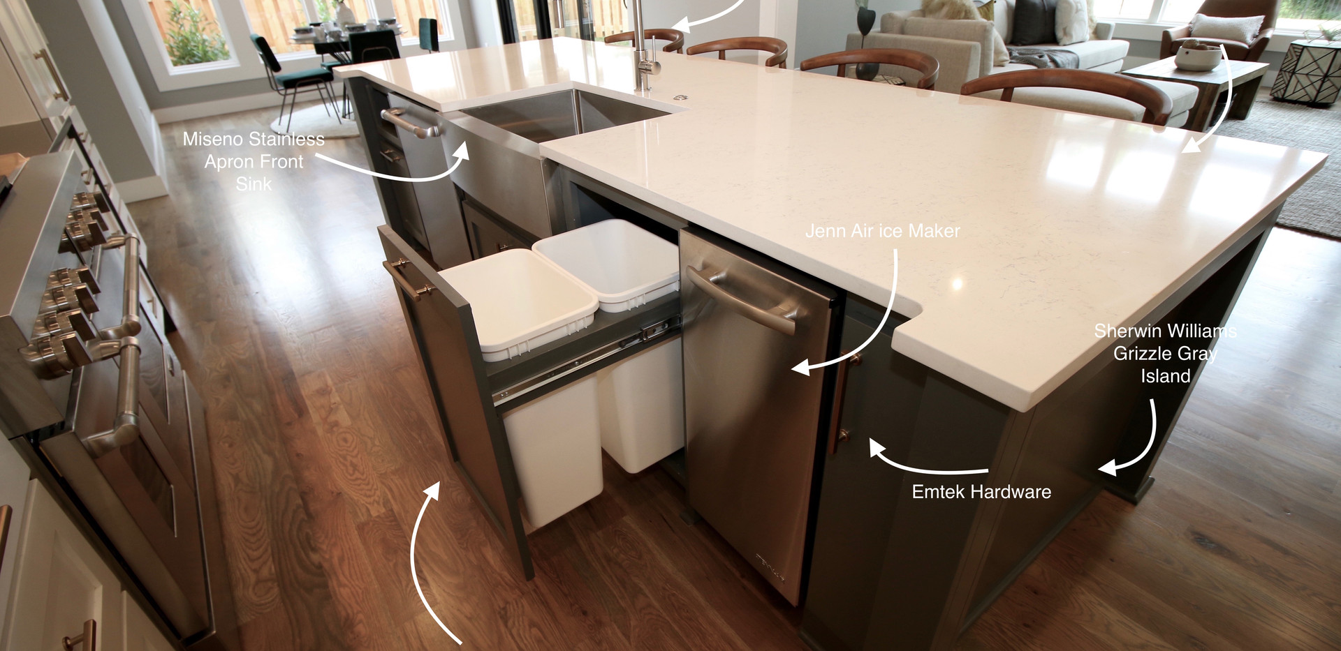 Parade Home Kitchen Features 4.jpg