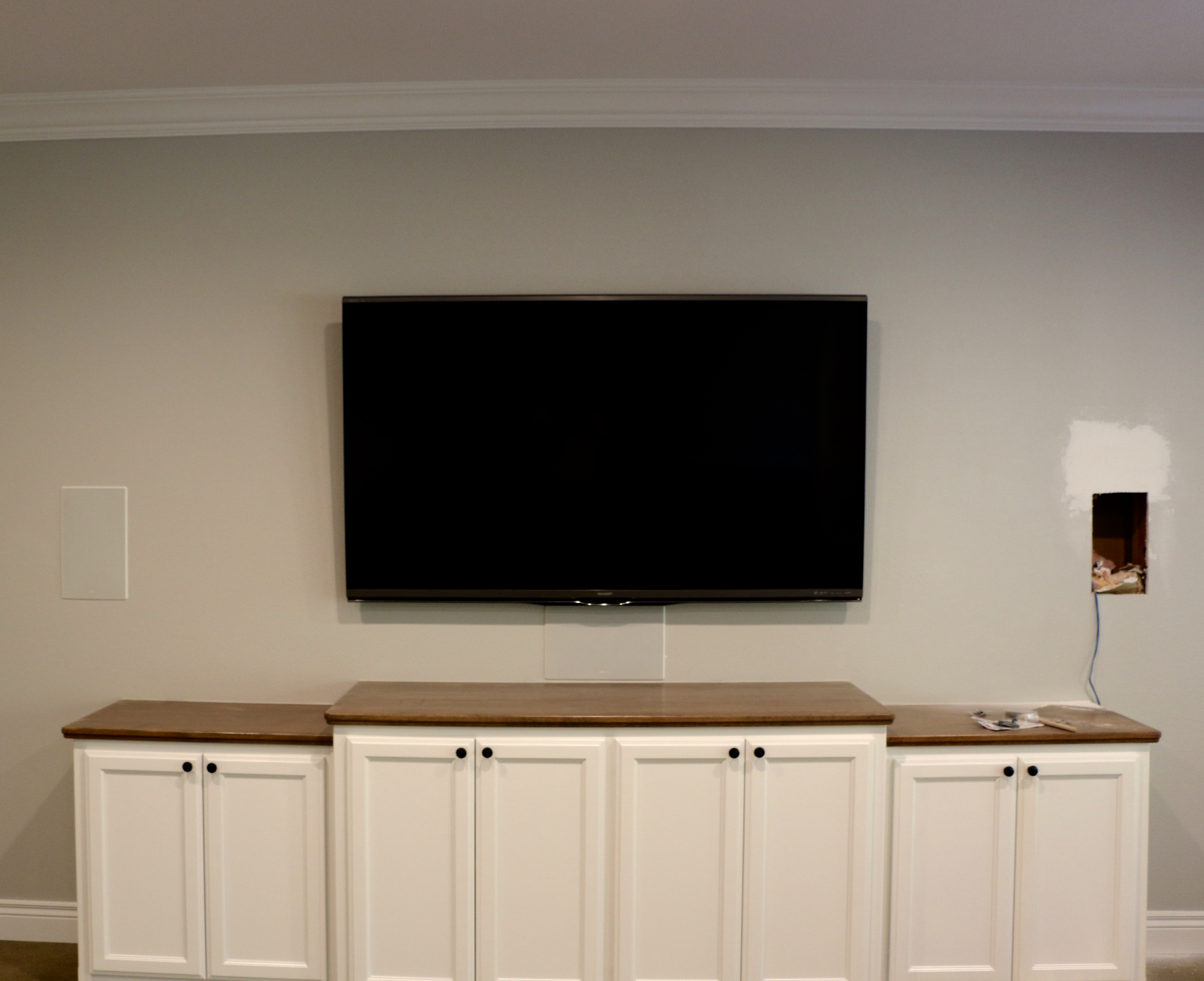Game room entertainment area