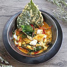 Crab Curry with Wildbetal Leafbush