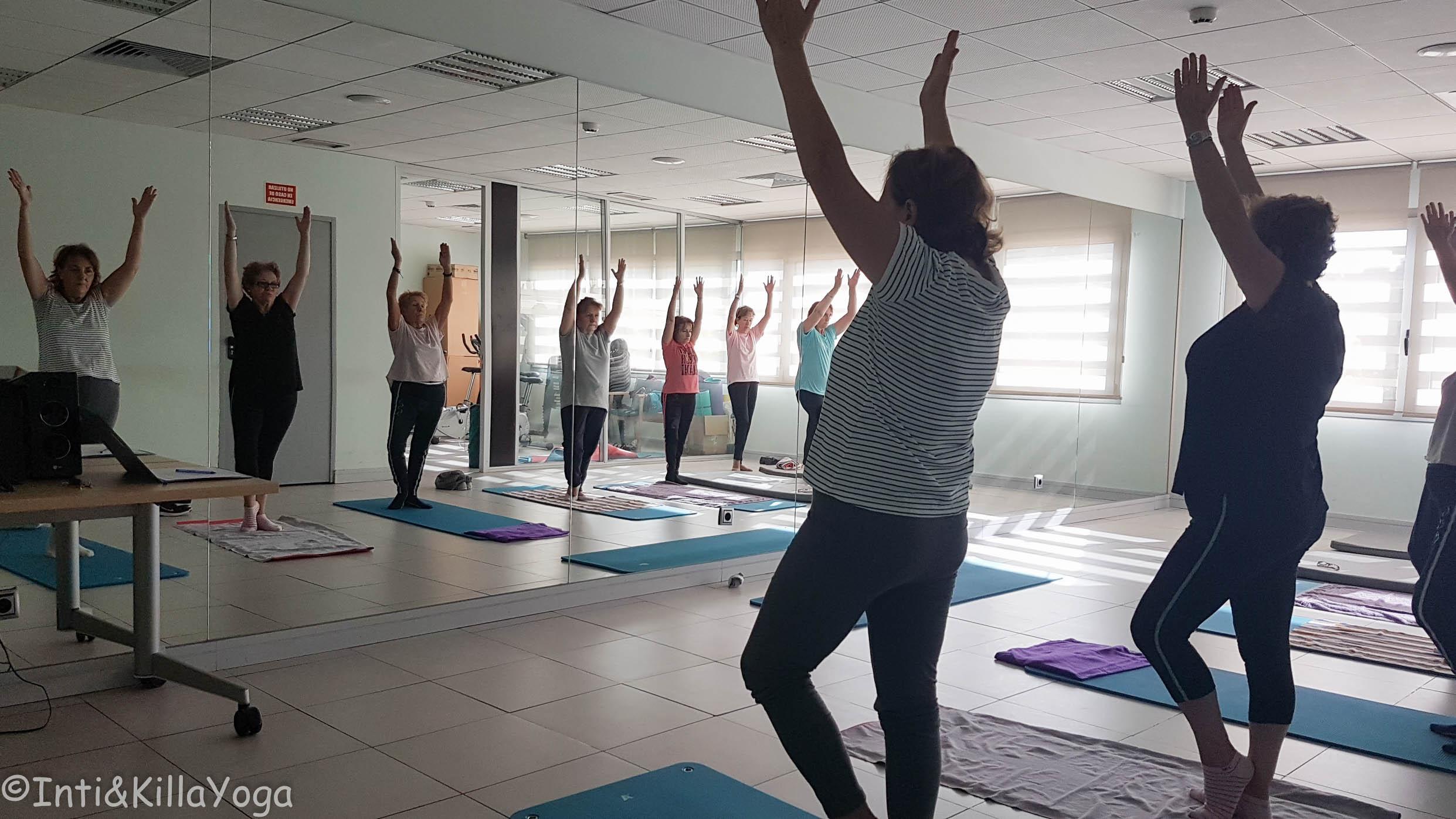 Yoga adultos mayores (Madrid)