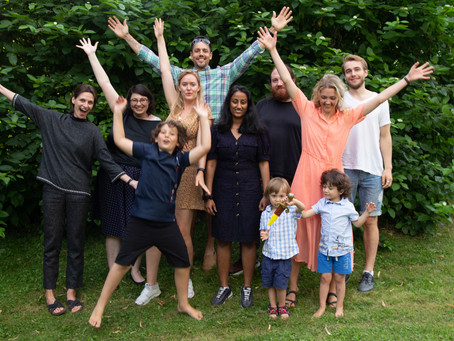 Summer bbq with lab members and family