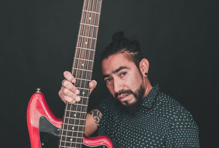 Antonio - Bass