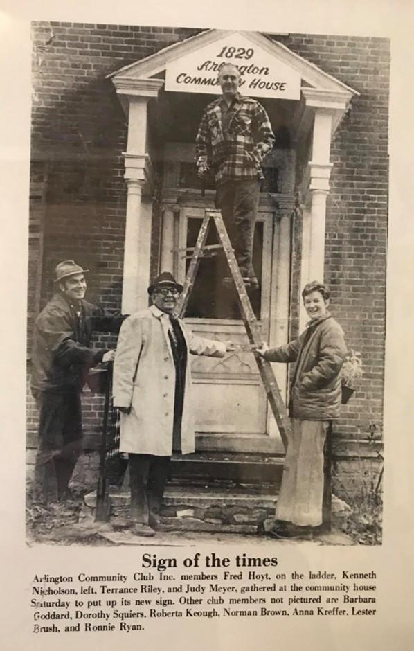 Fred Hoyt (ladder), Kenneth Nicholson, Terrance Riley, Judy Meyer