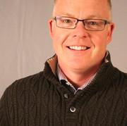 Rich Davis - SET DESIGN & MASTER CARPENTER
