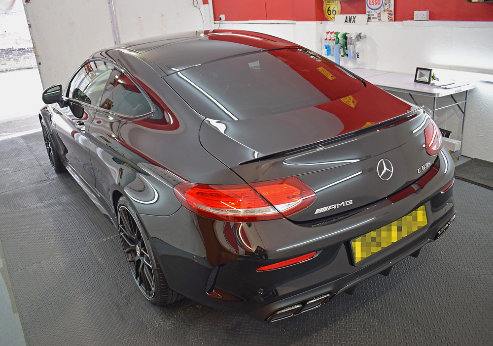 Mercedes C63 AMG detailing