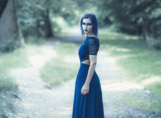 """Lenora Isaï - La femme bleue - projet """"Creaturs"""" 2016"""