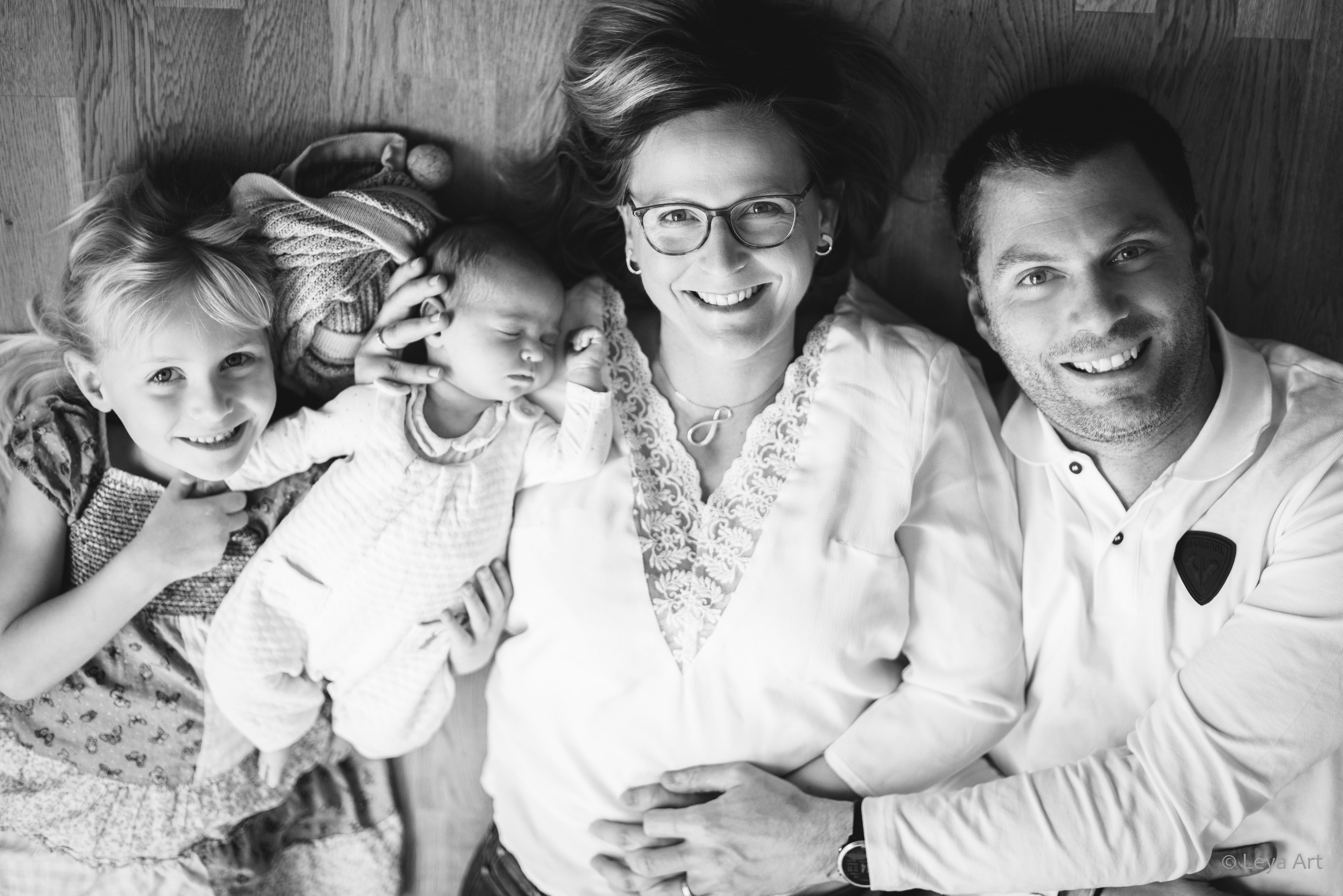 Manon - séance naissance en famille