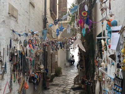 Narrow little streets