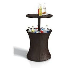 drinks table.jpg