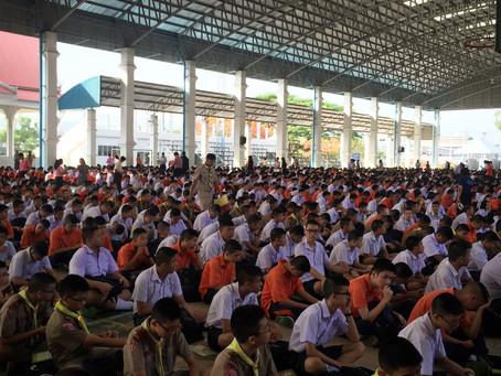 A Non-Teacher's Thai Teaching Experience: Week One