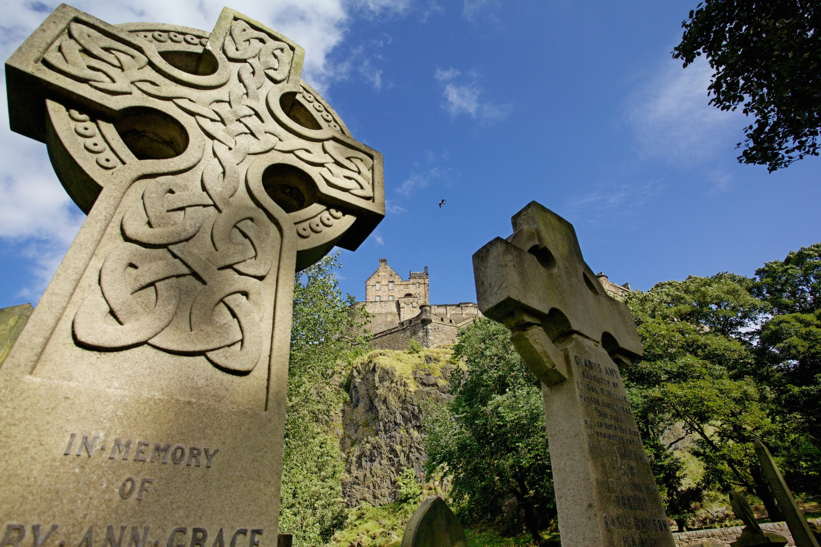 Iconic Edinburgh tours_ 1.jpg