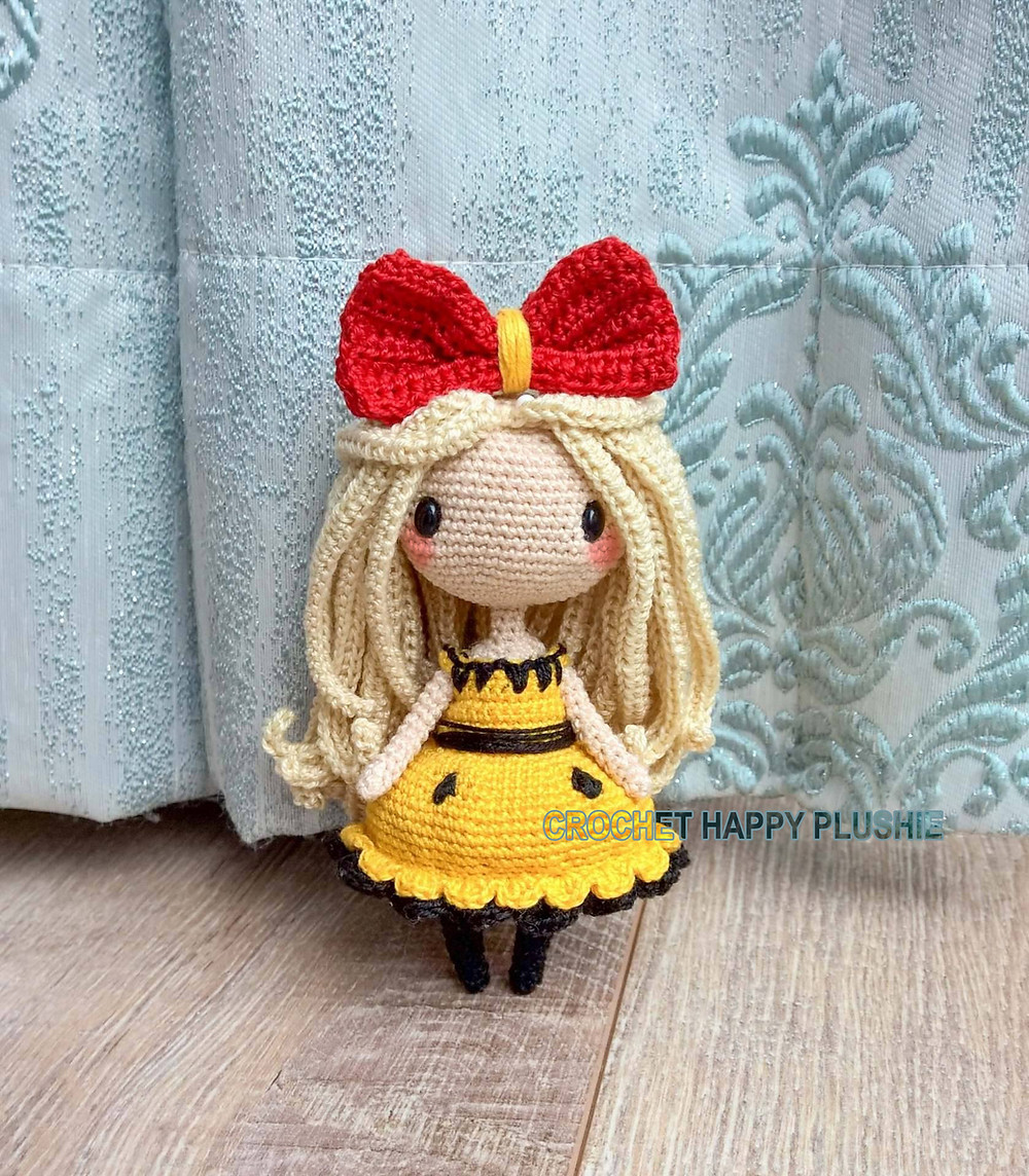 Miyu crochet pattern by crochet happy plushie