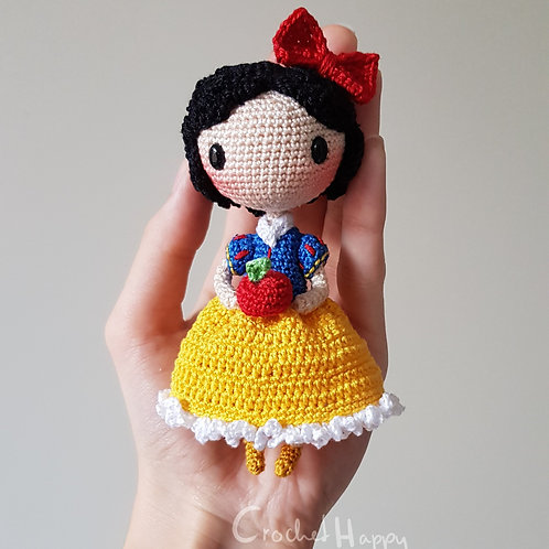 Amy the Shia Doll
