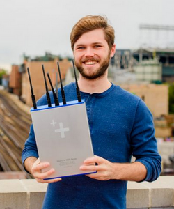 Chicago startup brings internet connecti