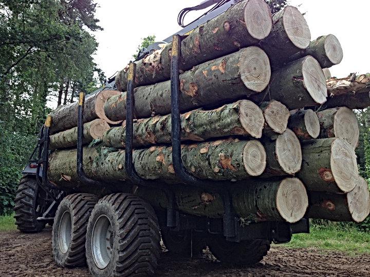 Kesla,  Kesla trailers, kesla timber trailer, kesla drive trailer, caledonian forestry, kesla driving trailer, steering drawbar, forestry crane,