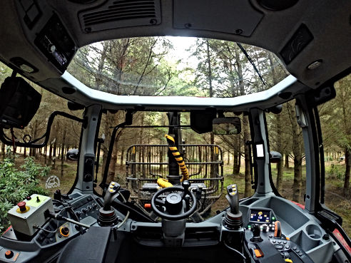 Kesla, caledonian forestry, forestry tractor, forestry guarding, forestry valtra, forestry controls, caledonian forestry, tractor mounted loader, forestry tractor and trailer, kesla, danfoss levers, forestry conversions