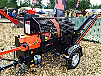 Mobile firewood procssor, firewood processor, Palax Active mobile, mobile processor, mobile firewood, transportable firewood processor, road towable firewood processor uk, Palax D270