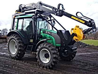 Forestry guarding, simple forestry guarding, full forestry guarding, roof mounted loader, Kesla, cfs forestry guarding, roof mounted forestry crane, roof mounted forestry loader, forestry tractor, tractor guarding, forestry conversion