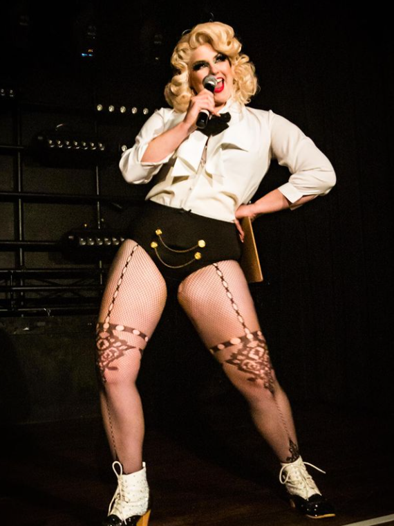 Full curl set, light tease, and finger wave done for Perth burlesque performer Kitty Litteur
