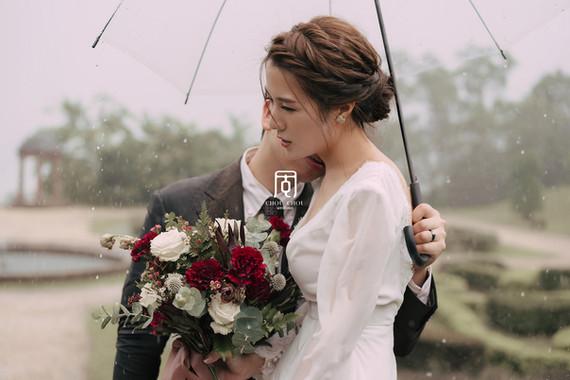 大雨仁山植物園中的浪漫婚紗