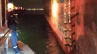 Embarco del Práctico de Puerto. Puerto de Arica