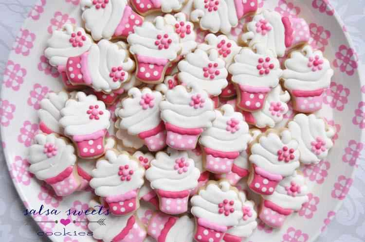 cupcakes mini pink polkadots