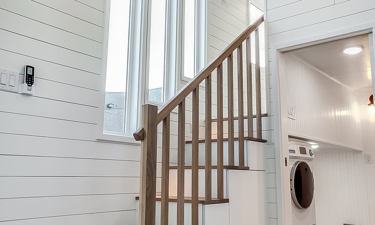Accent Stairs