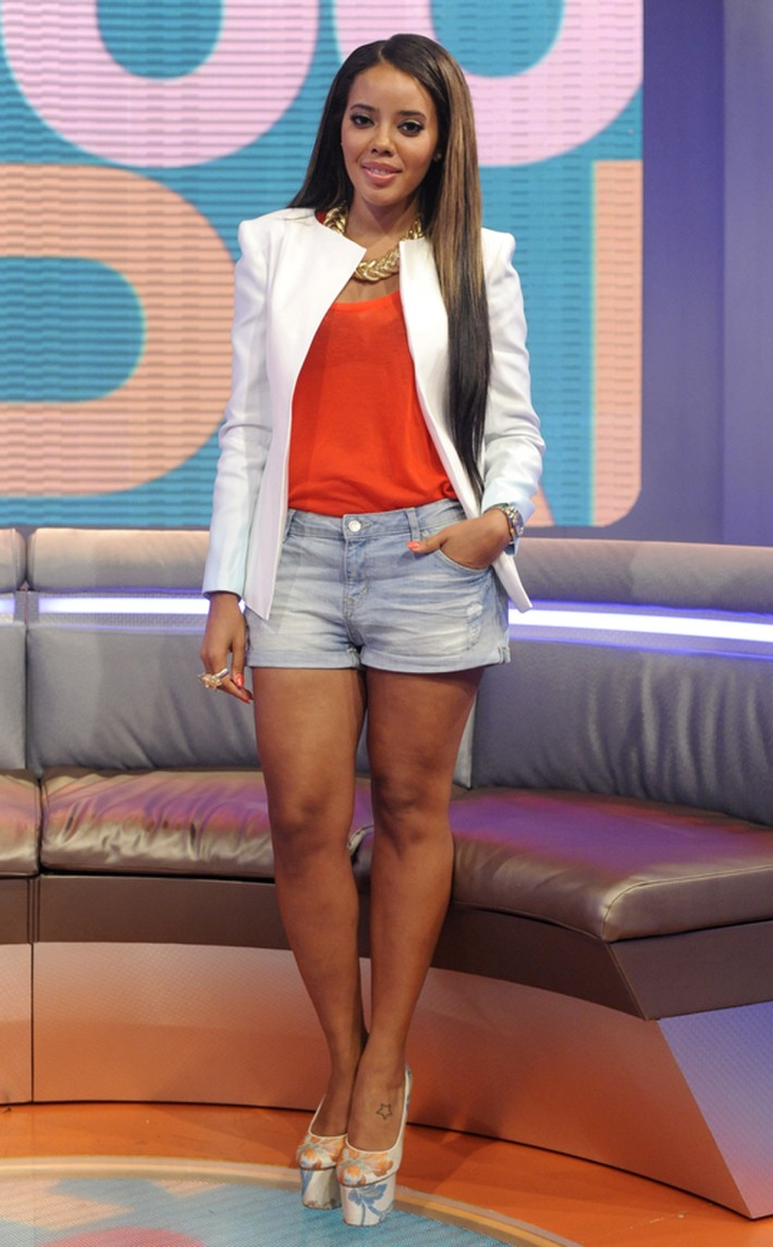 ANGELA SIMMONS WEARS SINAI BLAZER