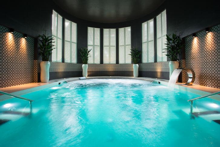 hedon spa swimming pool sun therapy room