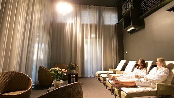 artificial safe sunbathing lamp.jpg