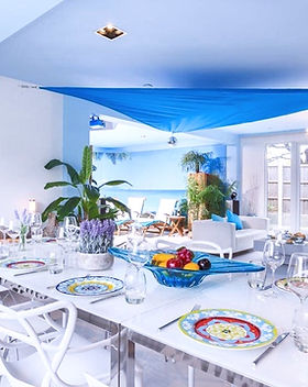 Dining%20Living%20Area%20Beach%20Sun%20R