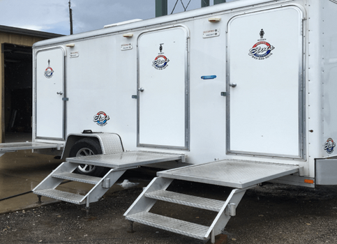 3 stall restroom trailer