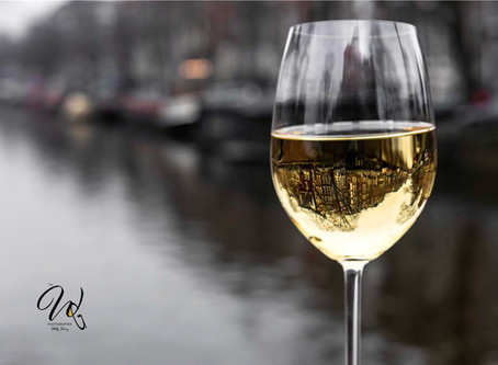5 Tasteful Amsterdam Views Through the Wine Glass