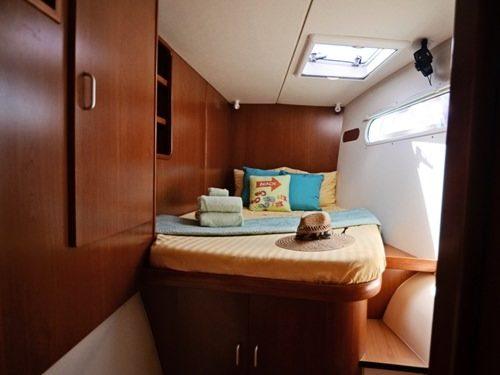 queen cabins 2