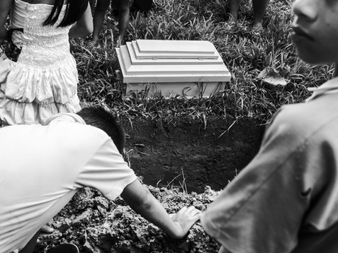 In October, 2016, a baby is about to be buried in the local cemetery in the village of Pebas, Amazon region. With a lack of support and assistance, the indigenous communities suffer with a high number in child mortality. The issue shows the rough perspectives for a younger generation who still trying to find a place in the world.