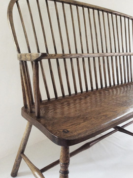 Bow Back Settee