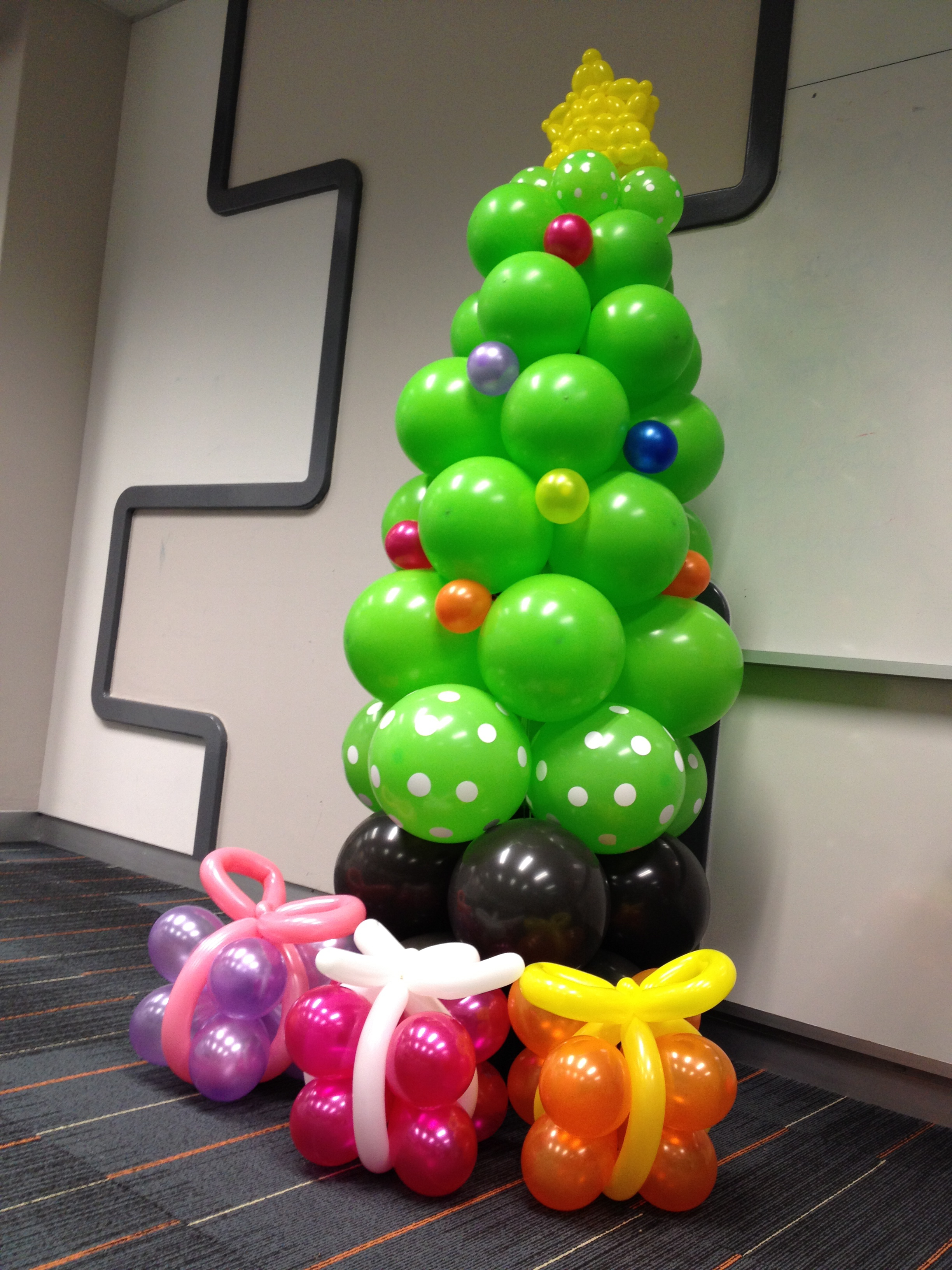 聖誕樹+禮物 $650