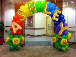 彩虹拱門+字母名字+氣球花 $1480