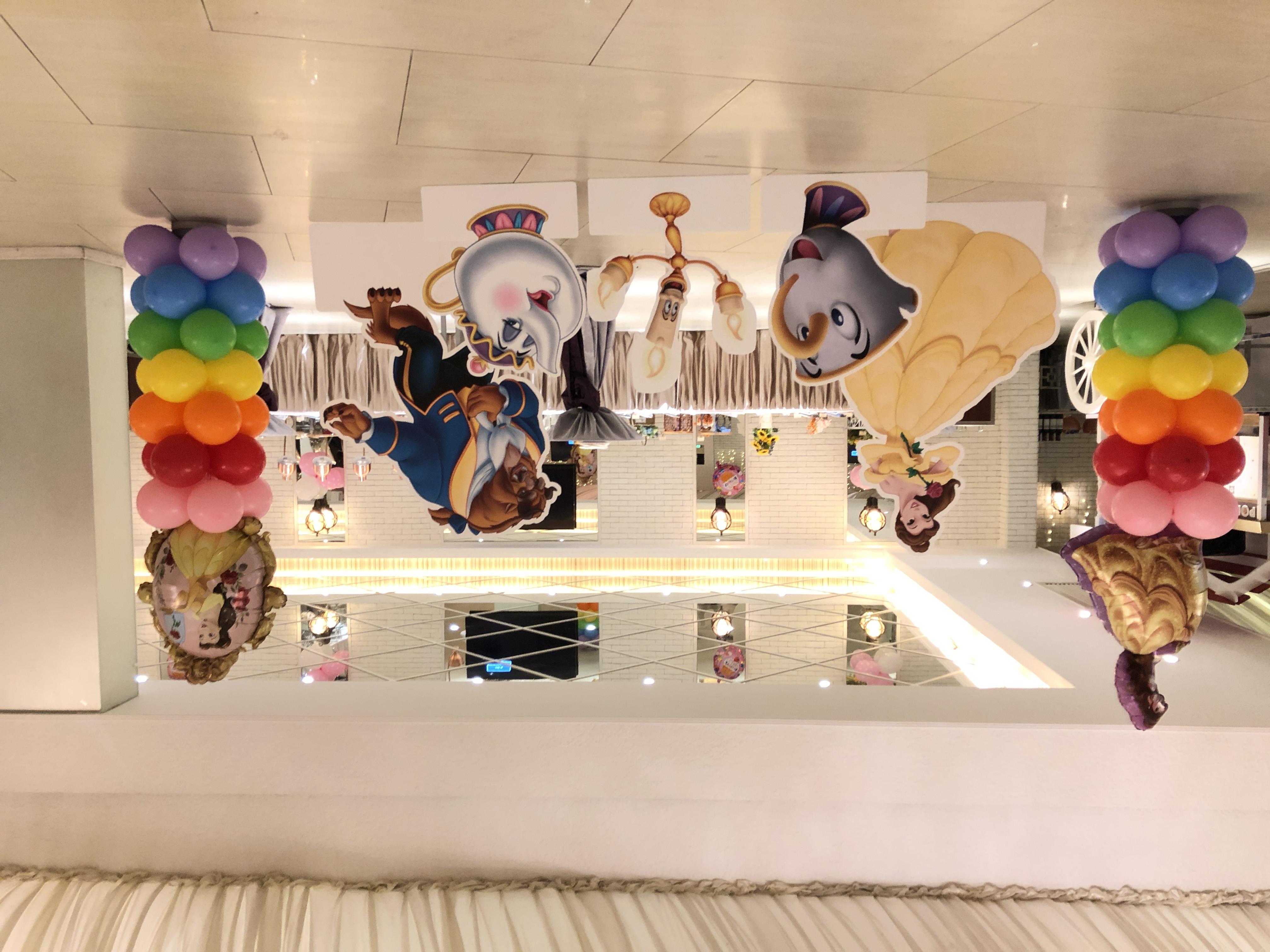 氣球柱x2+展板x5 $2100