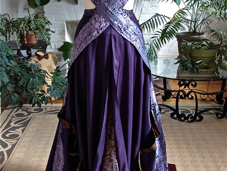 Art Gowns: Cecilia Lionheart