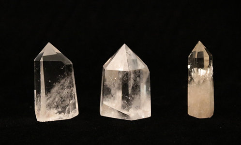 Small Quartz Points